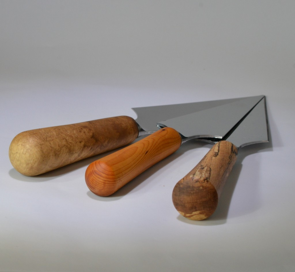 Image of three stilton knives