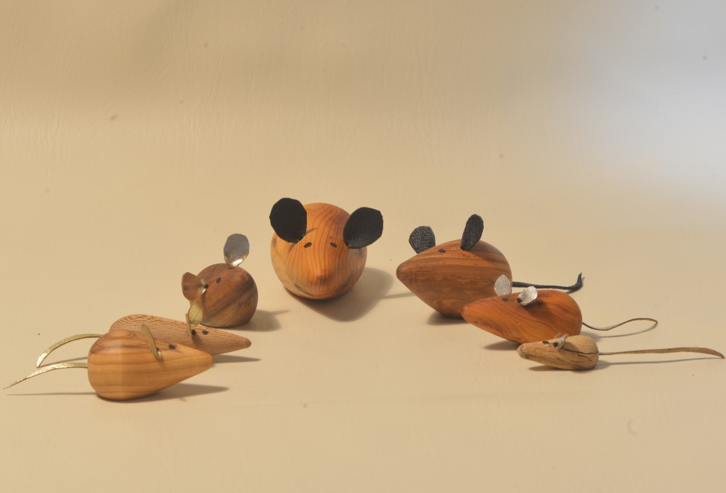 Image of group of turned wooden mice